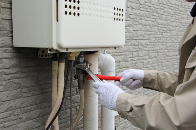 給湯器の水漏れの修理